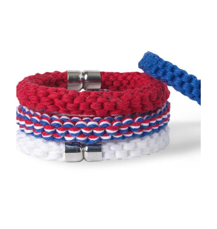 Modèle bracelets tricolores Enfant